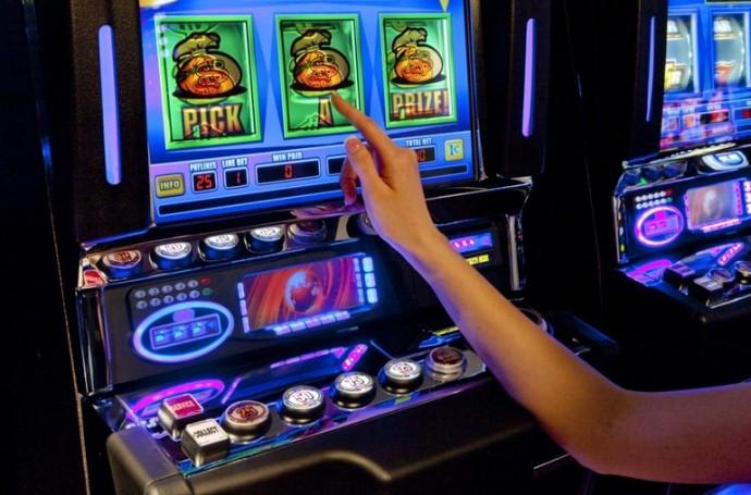 Играть в казино платинум